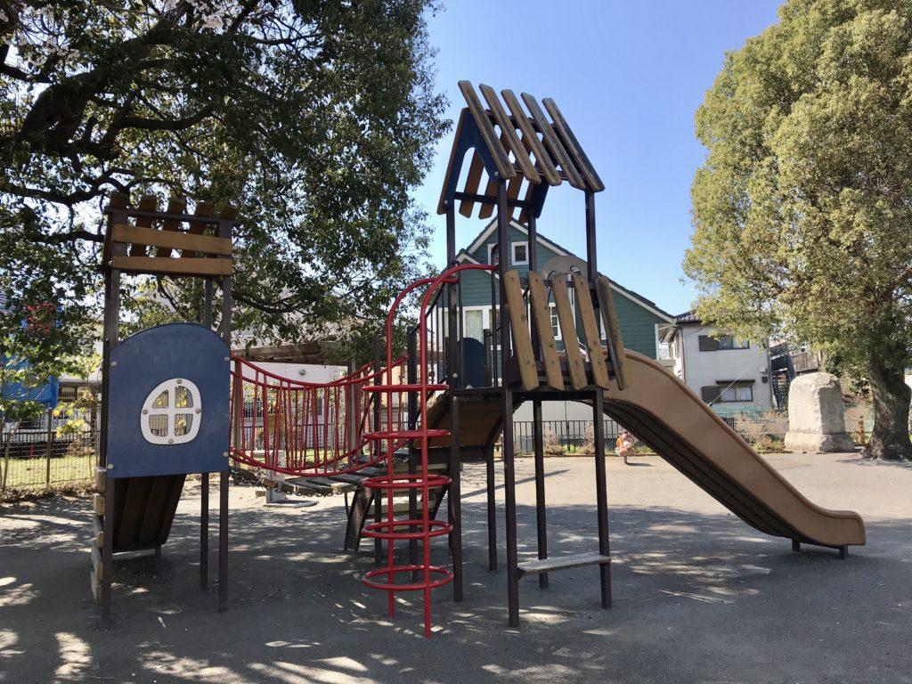 【上連雀すずかけ児童遊園】小鉄あつまれ!車両センターに面する公園@三鷹