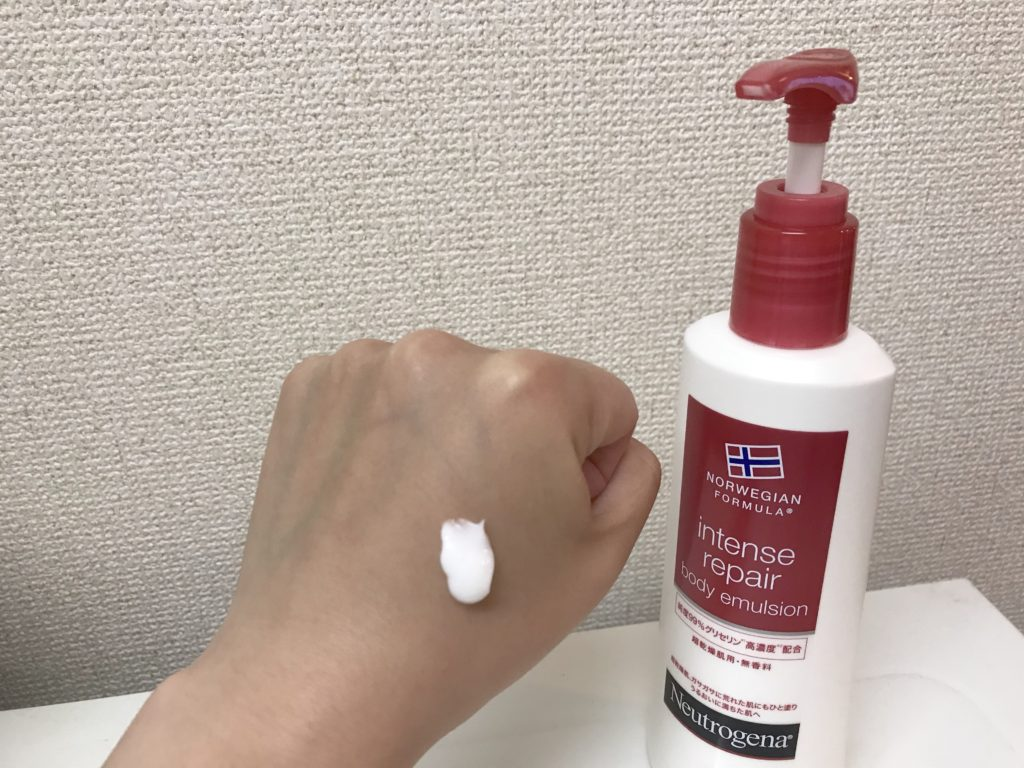 【おすすめ8選】ささっと塗れるハンドクリームポンプタイプをキッチンに置こう!